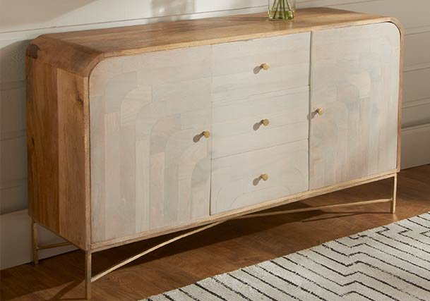Dresser & Chests